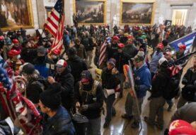 Congresistas piden investigar visitas de trumpistas al Capitolio