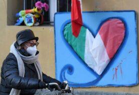Italia suma 448 muertos por coronavirus en un día mientras teme un repunte