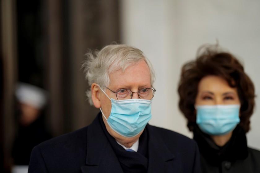 Los republicanos proponen retrasar el juicio político a Trump hasta febrero