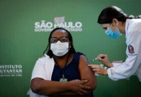 Ministerio cede a la presión de gobernadores y Brasil anticipa su vacunación