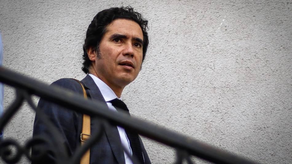 Ministro de Hacienda de Chile abandona el Gobierno por carrera presidencial