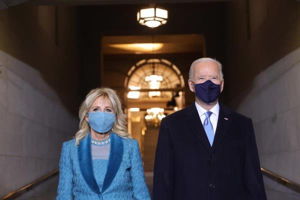 Joe Biden jura el cargo y se convierte en el presidente número 46 de EE.UU.