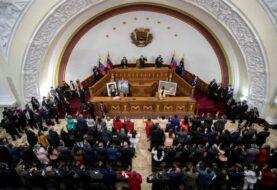 Chavismo usurpa y divide el Parlamento de Venezuela