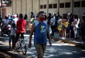 Oposición denuncia que Maduro violó acuerdo para atender covid-19
