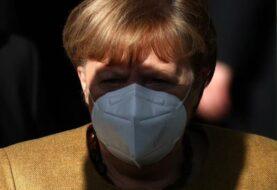 Merkel ofrece apoyo a Moscú en solicitud de autorización de vacuna rusa en UE