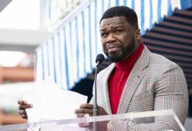 Alcalde critica a 50 Cent por su concierto con gente sin mascarillas