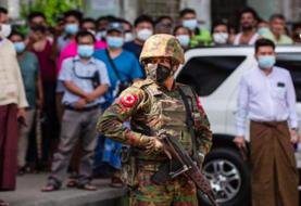 Protesta crece en Birmania mientras siguen las detenciones