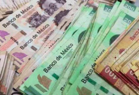 Economía de México se desplomó un 8,2 % en 2020