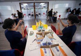 Chile roza los dos millones de vacunados