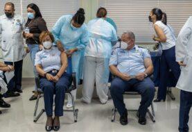La vacunación avanza lentamente en los países de la región del Caribe
