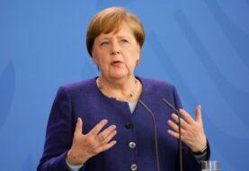 Merkel se reúne con las farmacéuticas entre señales de alivio a medio plazo