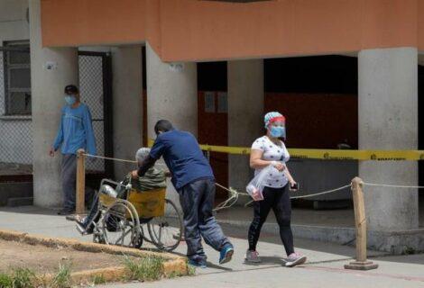 Mueren 15 sanitarios más por covid-19 en dos días en Venezuela, según ONG