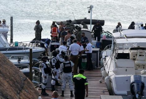 Dos muertos por la caída de una avioneta en zona turística de mexicana Cancún