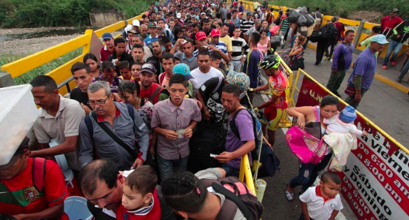 Colombia pide mayor apoyo para afrontar el flujo migratorio venezolano