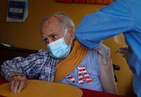 Perú promete vacunar a 9 millones de personas hasta julio