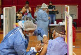 Argentina se acerca a la segunda ola y espera nuevo lote de vacunas