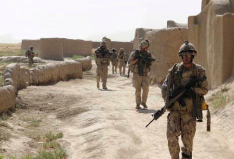 Biden avisa que EEUU podría posponer su retirada de tropas de Afganistán