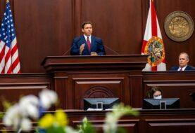 Florida rinde honores a los muertos por covid
