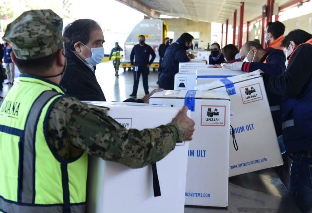 México afirma que hay un acuerdo por vacunas con EEUU
