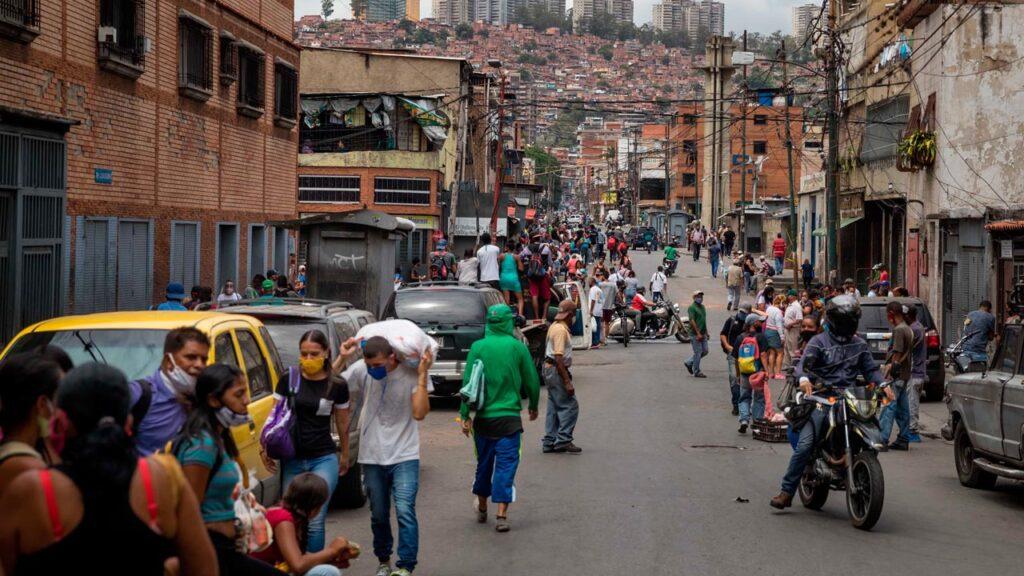 Venezuela suma 389 casos de covid