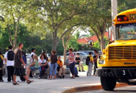 Iniciativa en Florida para que testimonios de exiliados lleguen a escolares