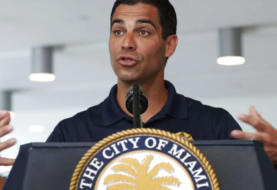 Alcalde de Miami anuncia programas de ayuda