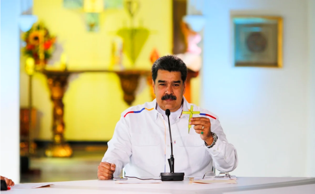 Maduro ofrece intercambiar petróleo por vacunas