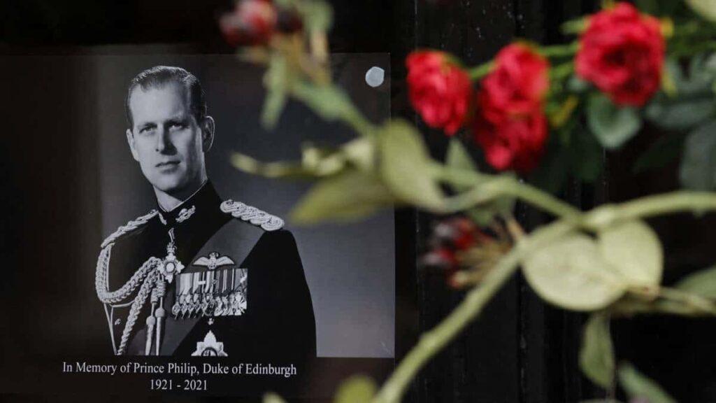 Familia real refuerza su seguridad por funeral del duque