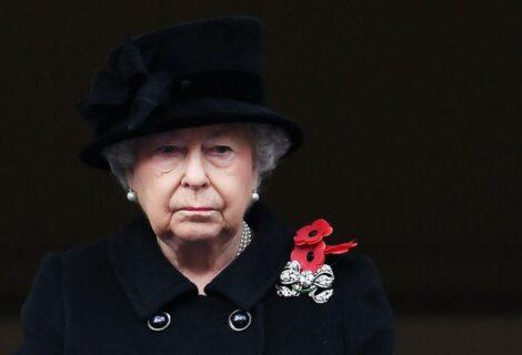 Isabel II cumple compromiso tras la muerte del duque