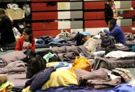 Ciudad Juárez acondicionan gimnasio para migrantes