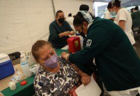 Capital mexicana aumenta pruebas y acelera vacunación