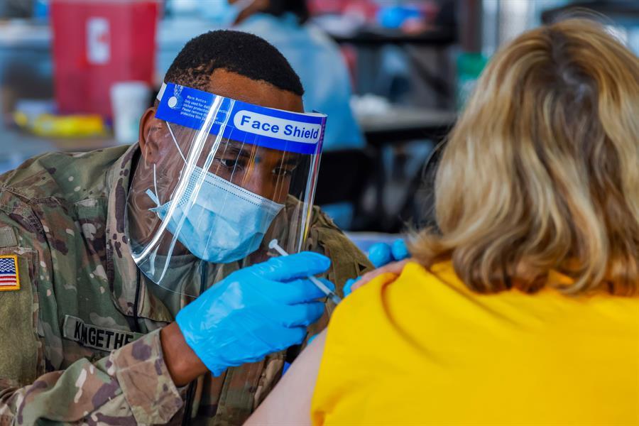 Casa Blanca no exigirá un pasaporte de vacunación