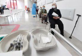 Italia registra 10.680 nuevos casos de Covid-19 y las regiones piden aperturas