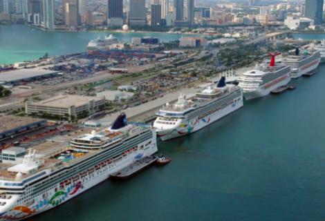 Florida demanda al Gobierno de Biden para exigirle la reactivación de cruceros
