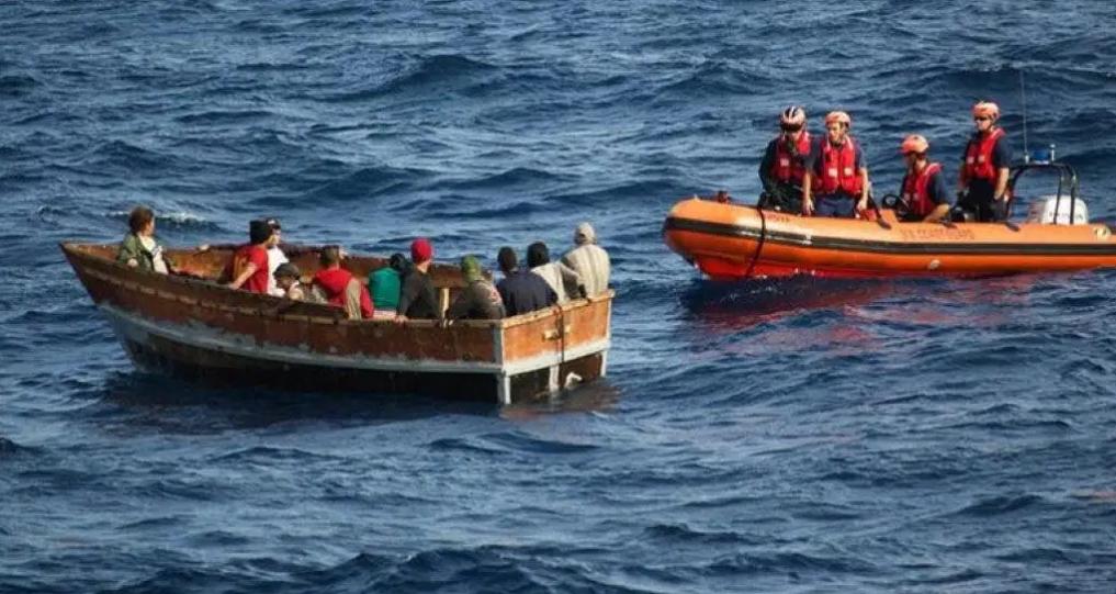 Guardia Costera repatría a 23 cubanos localizados en Florida