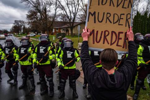 Policía que disparó a Wright será acusada por homicidio involuntario
