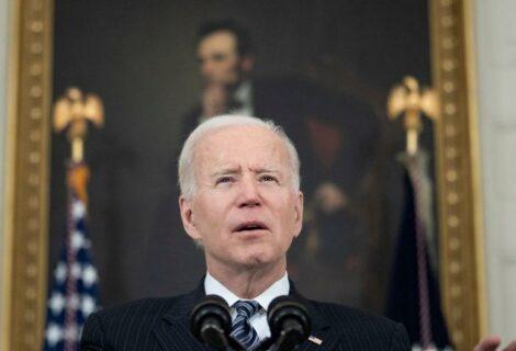 Biden sanciona a Rusia y expulsa a diez diplomáticos rusos