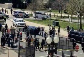 Carro atropella a dos policías en el Capitolio de EEUU