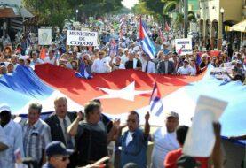 Exilio cubano planea salir de la dictadura