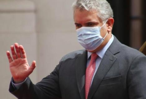"""Iván Duque pide a la UE """"más presión"""" contra la """"dictadura brutal de Maduro"""""""