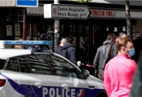 Un muerto y una herida en tiroteo frente en París