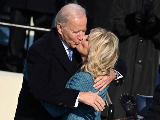 Los Biden anuncian que pronto adoptarán una gata