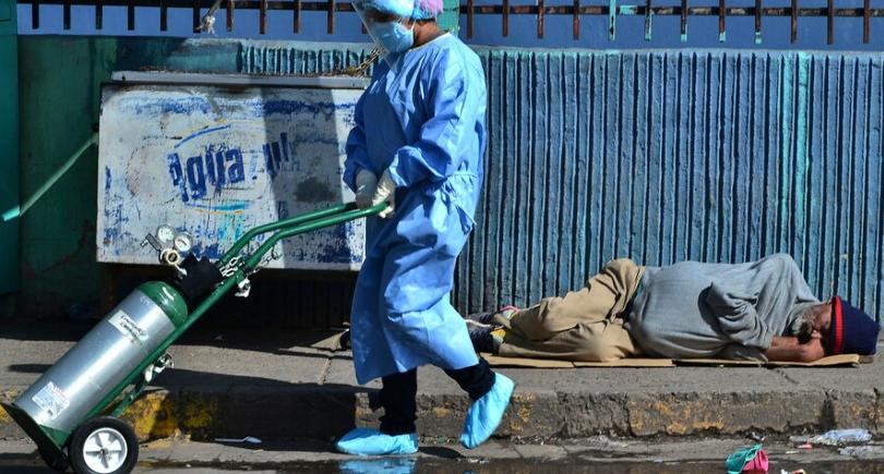 Centroamérica sufre una nueva ola pandémica