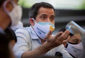 """Borrell dice que la UE apoyará a """"la iniciativa de Guaidó"""""""