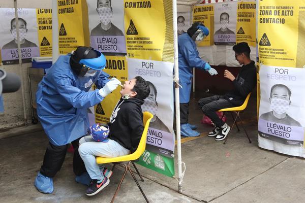 Latinoamérica debe acelerar vacunas y test para lograr inmunidad contra covid