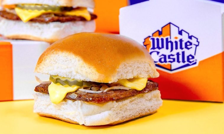 Cadena de hamburguesas White Castle cumple 100 en Florida