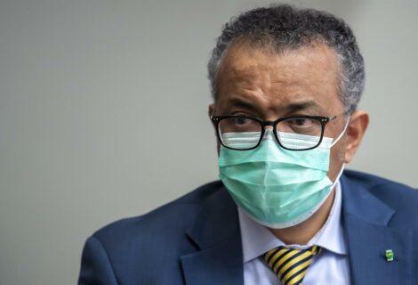 OMS pide a gobiernos y farmacéuticas que donen vacunas