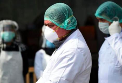 """ONG alerta que Venezuela """"se queda sin sanitarios"""" por muertes por covid-19"""