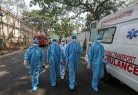 Casos de COVID-19 semanales en el mundo bajan por primera vez desde febrero