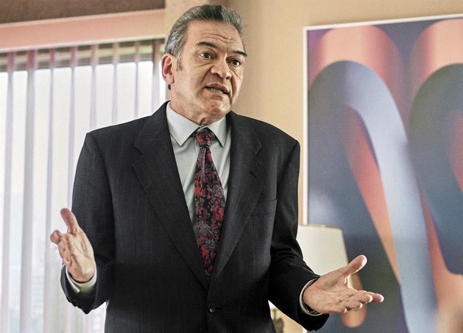 César Bordón y su maestría en la serie de Luis Miguel